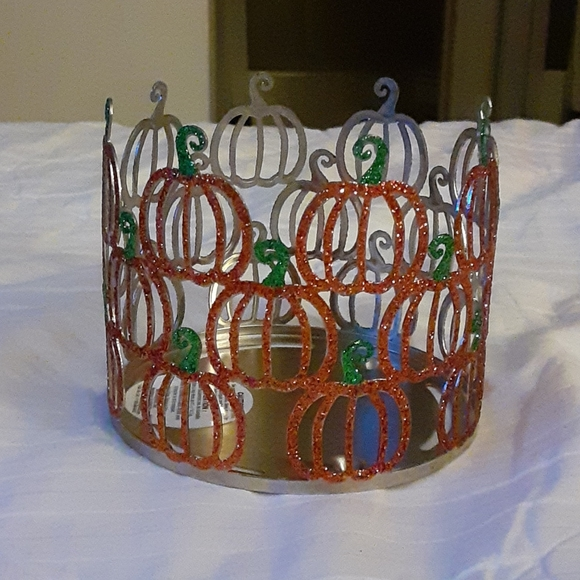 3 wick candle holder